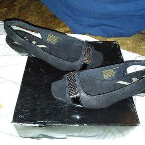 Anne klein sport sandles